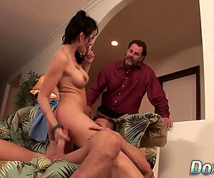 Wife Zoey Holloway Makes Cuckold Watch