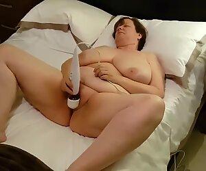 Jeanette, sexy UK GILF Slut