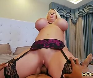 Hindi mom Milf Fucks The Gardener